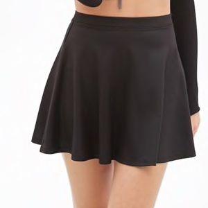 Forever 21 Black Basic Pleated Skirt